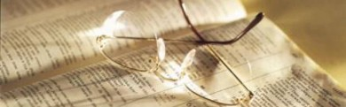 cropped-bible_open_glasses_347105246_rtyb.jpg